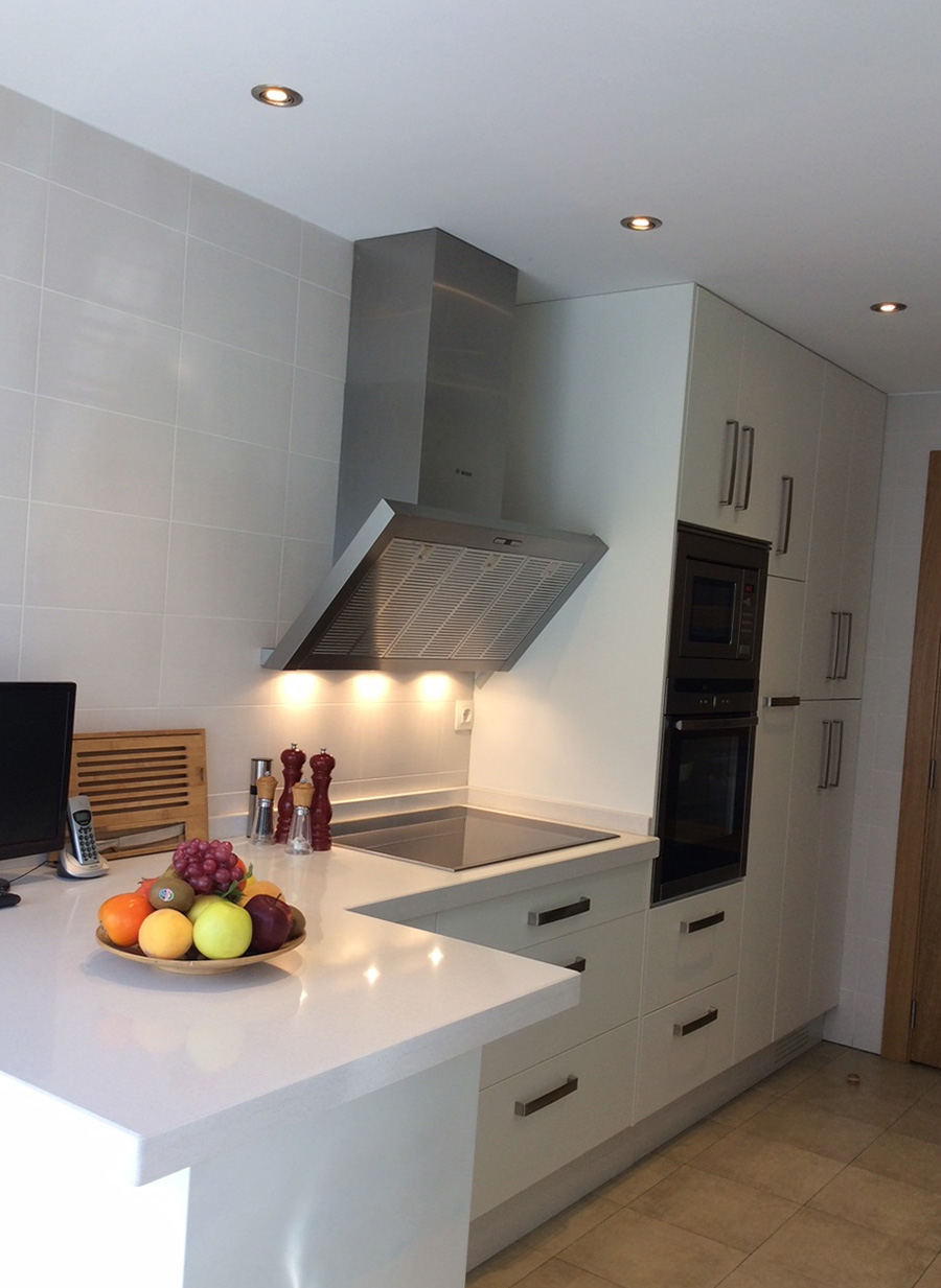 Cocinas trabajos realizados por la muebler a - Instalador de cocinas ...